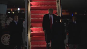 Доналд Тръмп се завърна в Белия дом от Давос