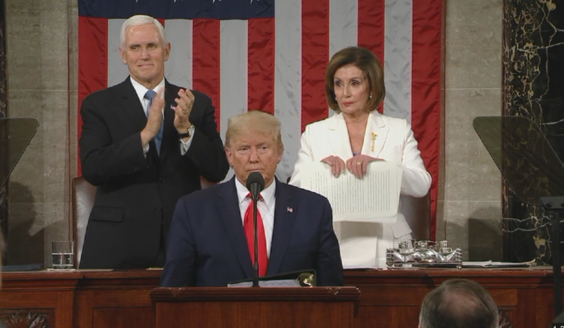 Американският президент Доналд Тръмп приветства