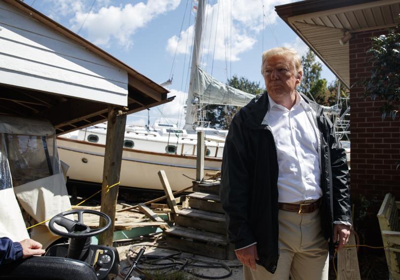 Тръмп обеща федерална помощ за пострадалите от урагана Флорънс региони