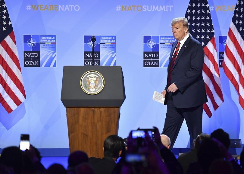 Лидерите на НАТО проведоха непланирана спешна среща в рамките на