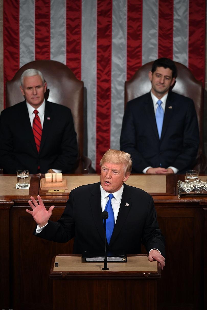 снимка 1 Речта на Тръмп пред Конгреса - какво остана скрито?