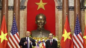 Тръмп рекламира американските продукти във Виетнам