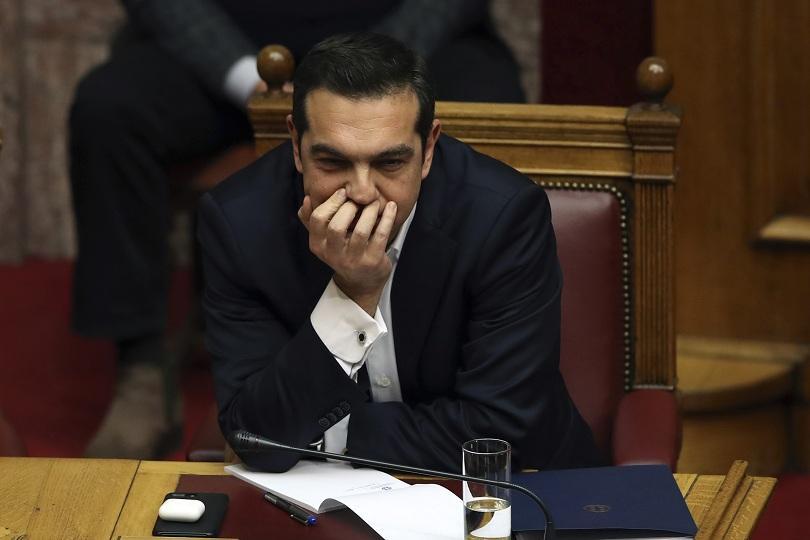 Властите в Гърция пускат за Коледа супер печалби в рамките