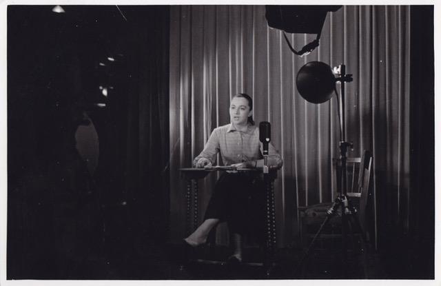 Снимка: Почина първата телевизионна говорителка Цветана Гълъбова