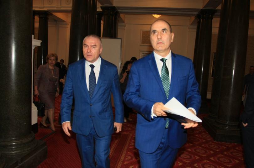 Партия ВОЛЯ остава в парламента, стана ясно след среща на
