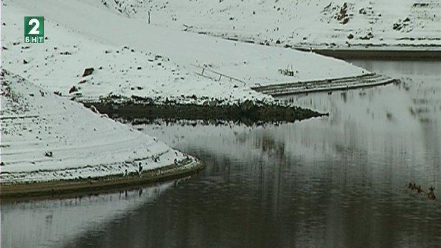 Заради снеготопенето нивата на реките чувствително се повишават. В района