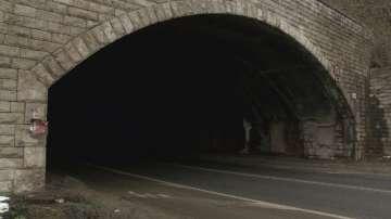 Неосветени тунели на главния път за Русе край Велико Търново