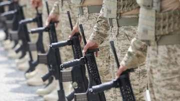 Арестуваха над 220 военни в Турция