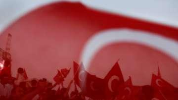 Освобождават 38 000 затворници в Турция заради претъпкани затвори
