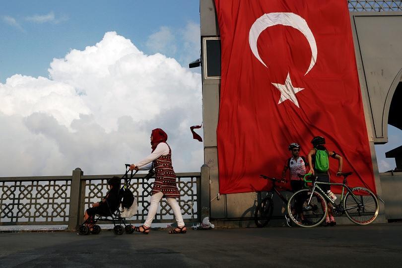 В Турция заловиха 12 терористи, подготвяли бомбени атентати