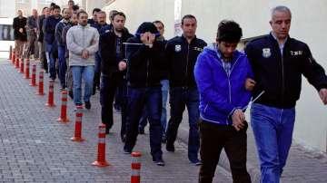 Масови арести в Турция на заподозрени гюленисти в полицейските структури