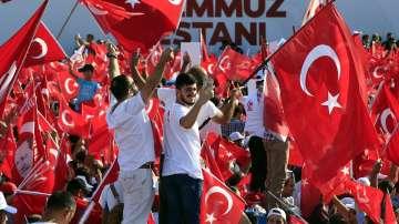 Церемонии в Турция за годишнината от преврата
