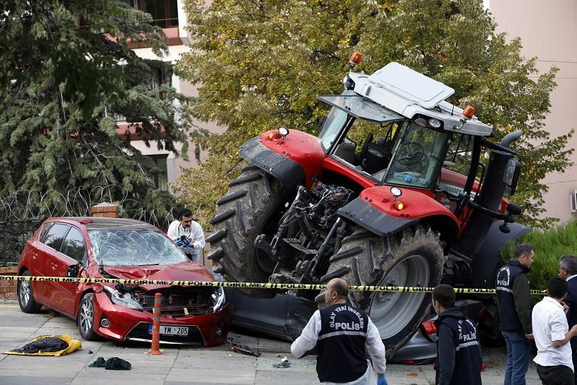 трактор парламента създаде паника анкара