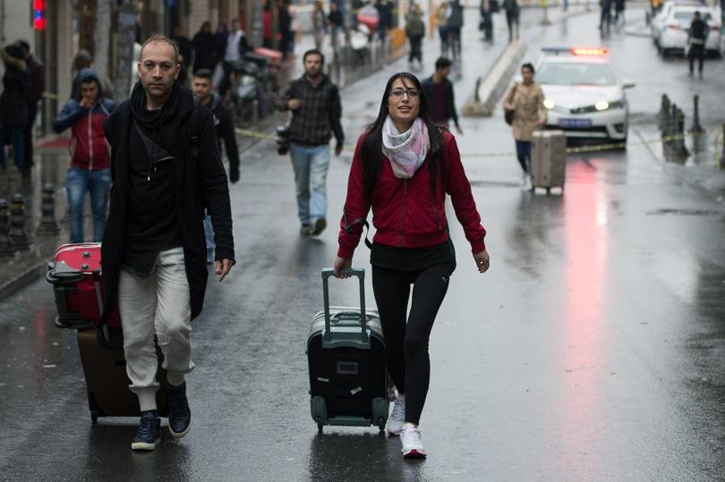 снимка 4 Няма данни за пострадали българи при атентата в Истанбул