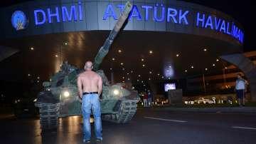 Опитът за преврат в Турция в снимки
