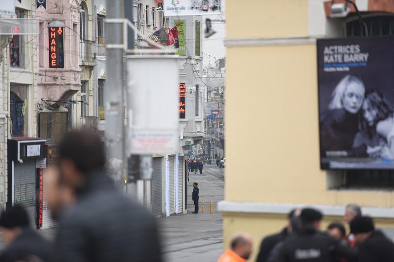 снимка 2 Няма данни за пострадали българи при атентата в Истанбул
