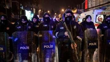 Продължават арестите в хода на издирването на атентатора от Истанбул