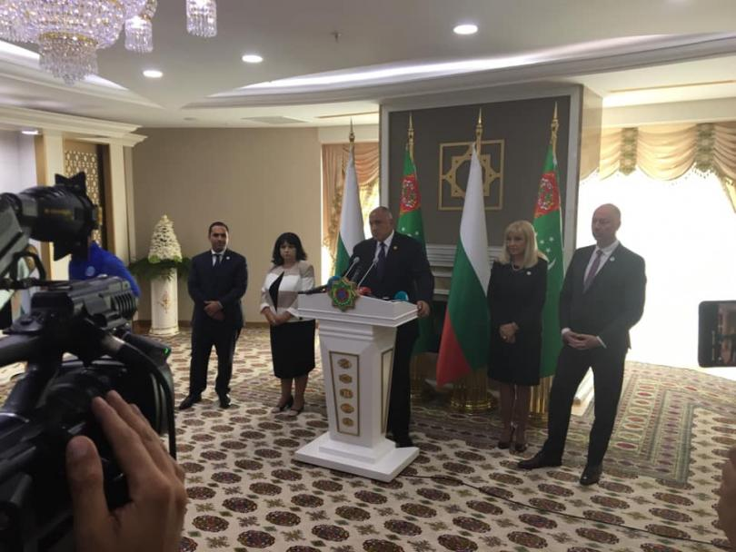 България обсъжда с Туркменистан доставки на природен газ за газовия