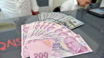 Пореден срив на турската лира