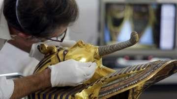 Част от колекцията на Тутанкамон тръгва на 7-годишно световно турне