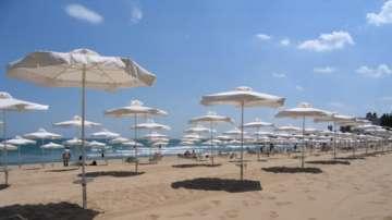 Ангелкова се включи в проверката на плажната ивица на Слънчев бряг