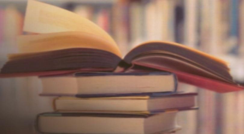 Дал съм препоръки на издателствата да коригират новите учебниците по