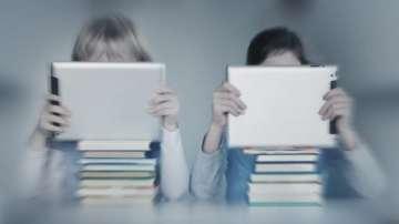 Какво представляват интерактивните учебници?