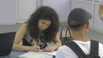 7-класници с родители в чужбина имат трудности със записването в училище