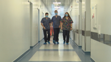 Ученици, мечтаещи да станат лекари, посещават болницата във Велико Търново