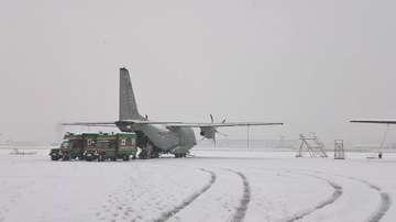 Отрядът за бързо реагиране на ВМА проведе учение на авиобаза Враждебна