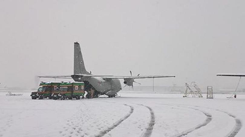 снимка 2 Отрядът за бързо реагиране на ВМА проведе учение на авиобаза Враждебна