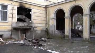 Понеделник ще е неучебен ден за учениците от запалилата се гимназия в Кърджали