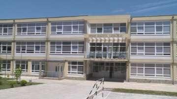 Проектират наново опасна сграда на начално училище във Варна