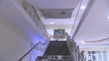 Пропука се стълбище в кърджалийско училище