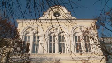 Арестуваха за 24 часа бащата, нападнал седмокласник в пловдивско училище