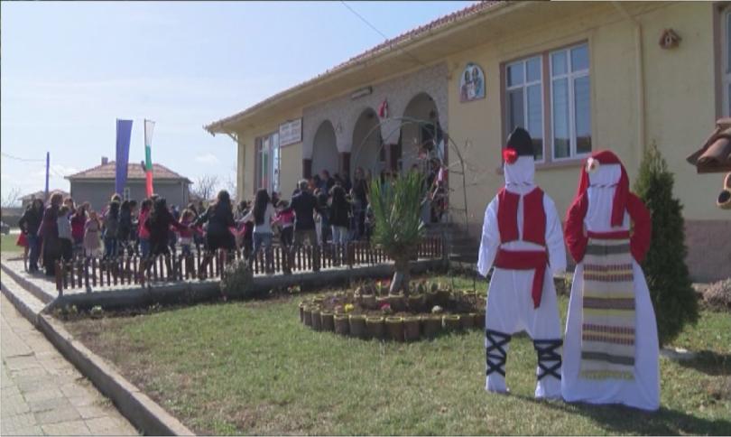снимка 1 Как училищен директор обедини българчета, сирийци и иракчани в Харманли?