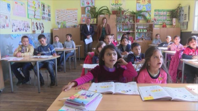 снимка 2 Как училищен директор обедини българчета, сирийци и иракчани в Харманли?