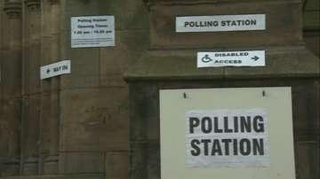 Наказателен вот към основните партии след местните избори във Великобритания