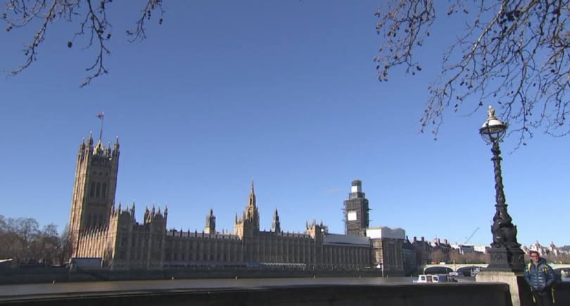 Днес се очаква британският министър-председател Борис Джонсън да внесе за