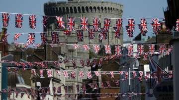 Фенове вече се събират пред замъка Уиндзор заради предстоящата сватба