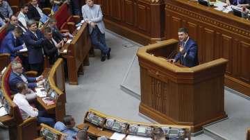 Украинският парламент нe прие оставката на премиера