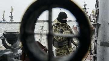 Украйна обяви отварянето на Керченския проток за търговски кораби