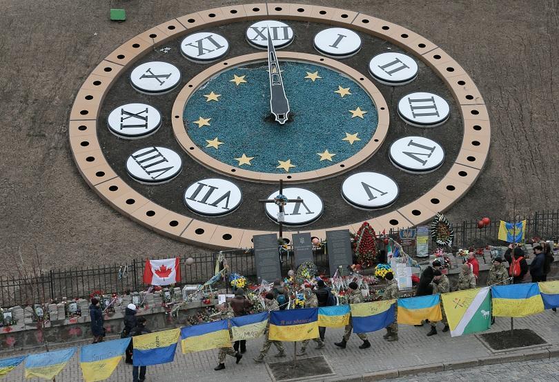 снимка 2 Цената на Майдана