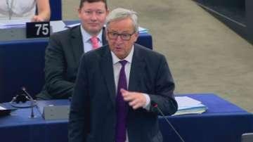 Юнкер се скара на председателя на ЕП за празната пленарна зала