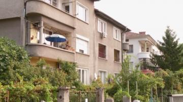 Дете падна от втория етаж на кооперация в Пловдив