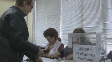 Висока избирателна активност в Хасково заради обещания за пилета и кокошки