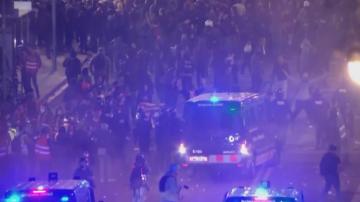 Сблъсъци между демонстранти и полиция в Каталуния