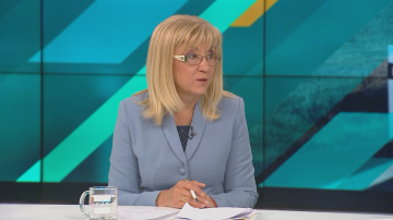 Петя Аврамова: Тази есен ще бъдат пуснати нови 10 км от магистрала Хемус