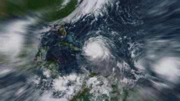 Защо ураганите получават имена?