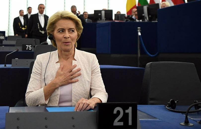 Германката Урсула фон дер Лайен беше избрана снощи от Европейския